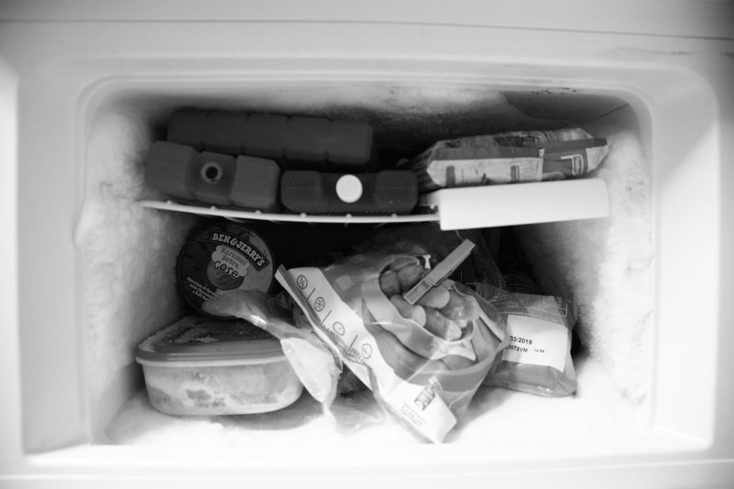 how to avoid frost in the freezer